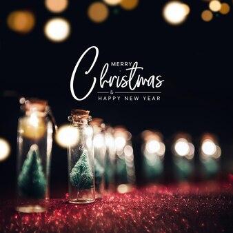 Feliz natal e feliz ano novo cartão, close-up, elegante árvore de natal na decoração do frasco de vidro.