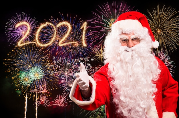 Feliz natal e feliz ano novo com o papai noel