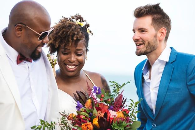 Feliz, noiva noivo, em, um, cerimônia casamento