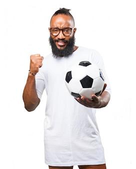 Feliz o homem com uma bola