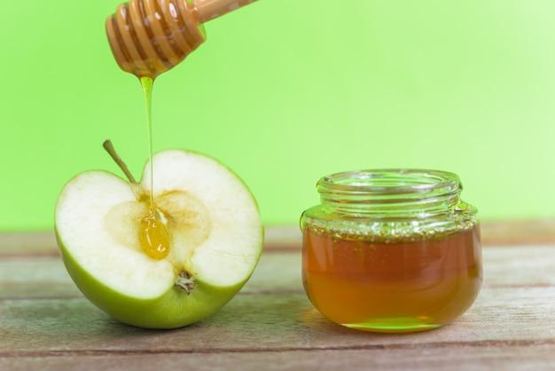 Feriado de rosh hashaná com maçãs e mel