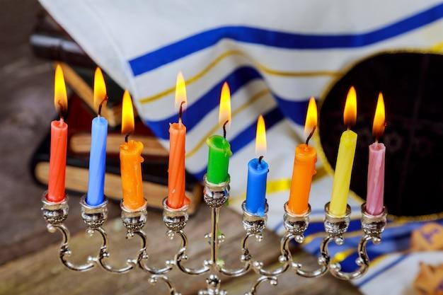 Feriado judaico, feriado símbolo hanukkah, o festival judaico de luzes