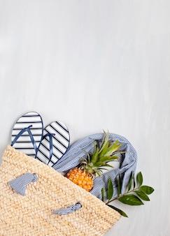 Férias de verão, viagens, conceito de turismo flat lay