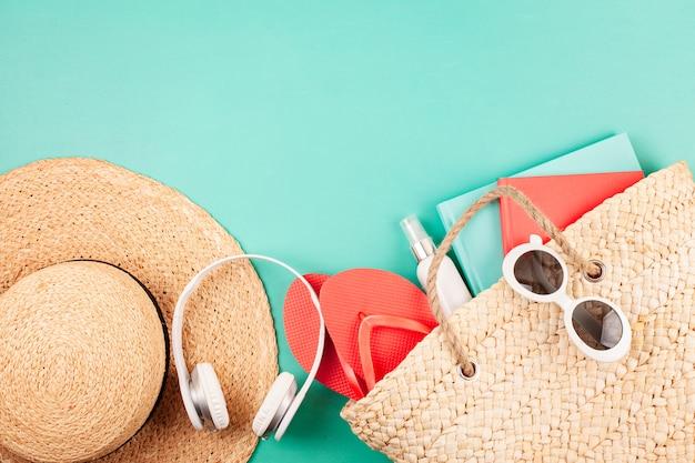 Férias de verão, viagens, conceito de turismo plana leigos