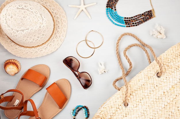 Férias de verão, viagens, turismo conceito plana leigos