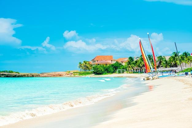 Férias idílicas na praia tropical