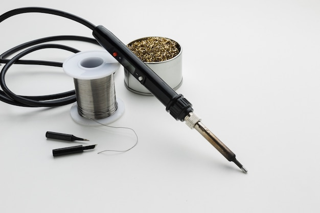 Ferramenta de reparação de circuito de close-up