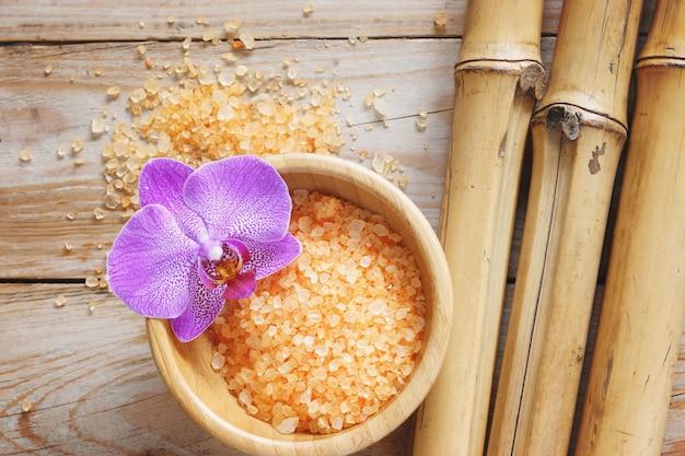 Ferramentas de tratamento de spa e flores
