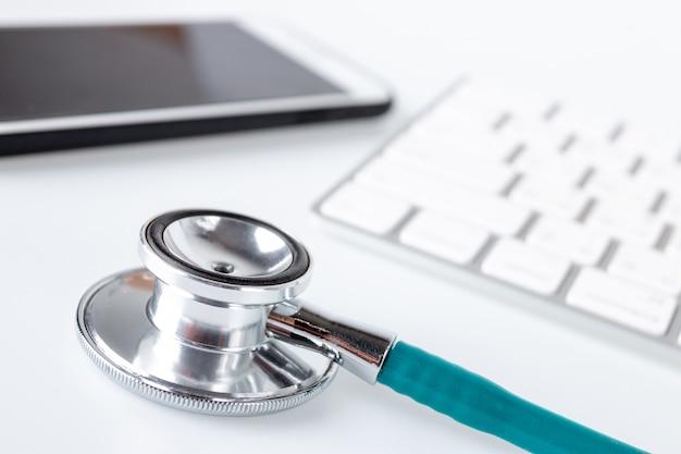 Ferramentas do médico, médicos, conceito de cuidados de saúde