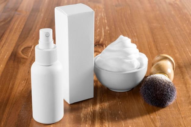 Ferramentas e spray para barbearia