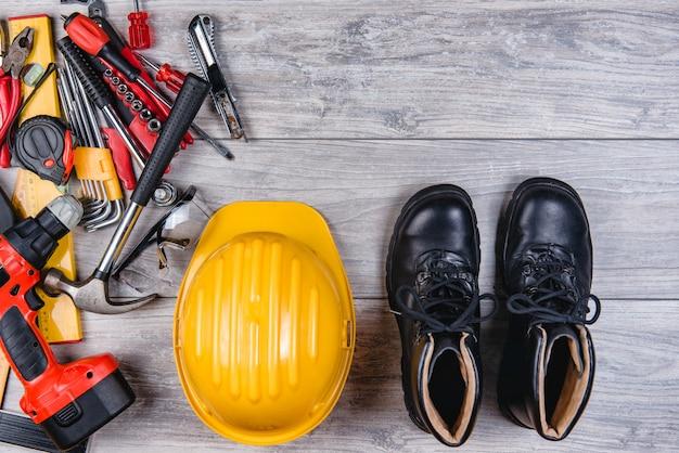 Ferramentas manuais de construção plana leigos
