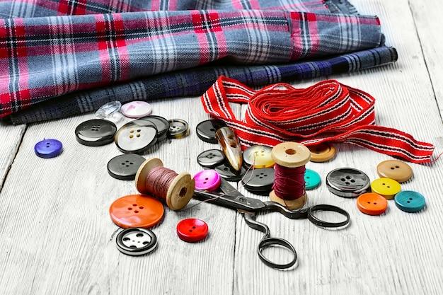 Ferramentas para costura e bordado