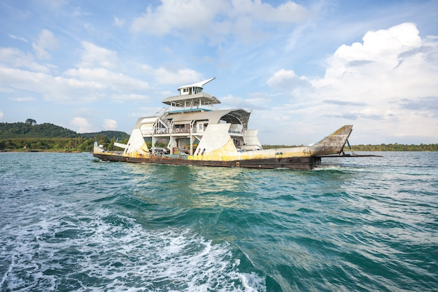 Ferry de koh chang tailândia