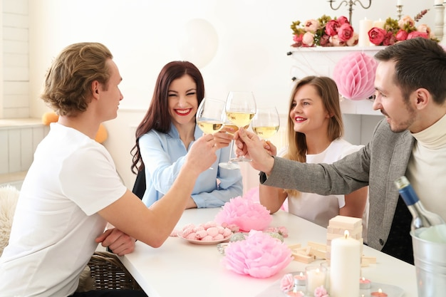 Festa em casa com amigos