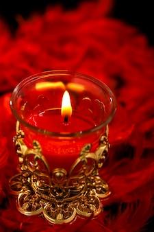Festival indiano de diwali, lâmpadas coloridas de óleo no escuro