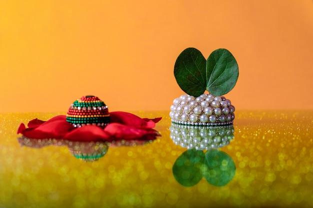 Festival indiano dussehra, folha e arroz