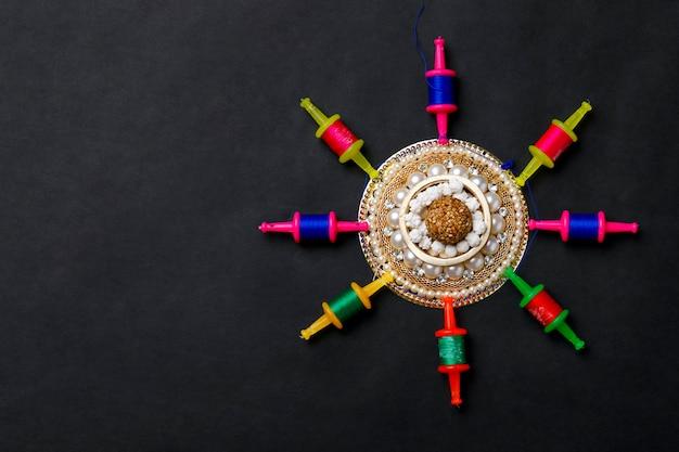 Festival indiano makar sankranti conceito, corda de pipa