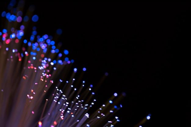Fibras ópticas azuis com espaço de cópia