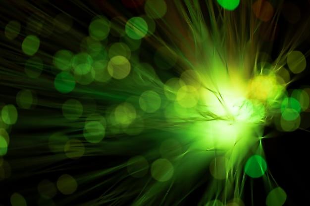Fibras ópticas digitais em tons de verde claro