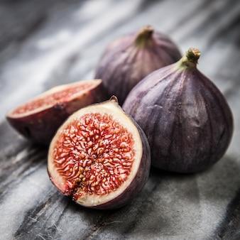Figos frescos deliciosos