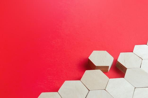Figura hexagonal emerge da estrutura holística deixe a linha sair do sistema vá embora