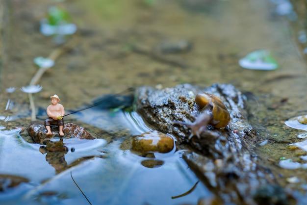 Figura pescador miniatura