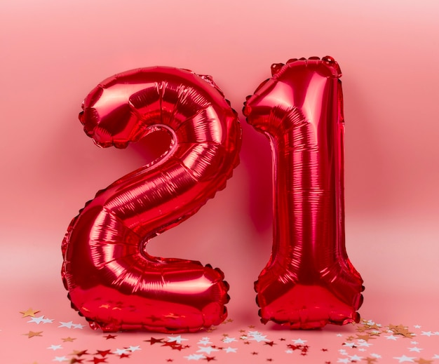 Figuras 21 de balões em rosa, o conceito de ano novo e natal