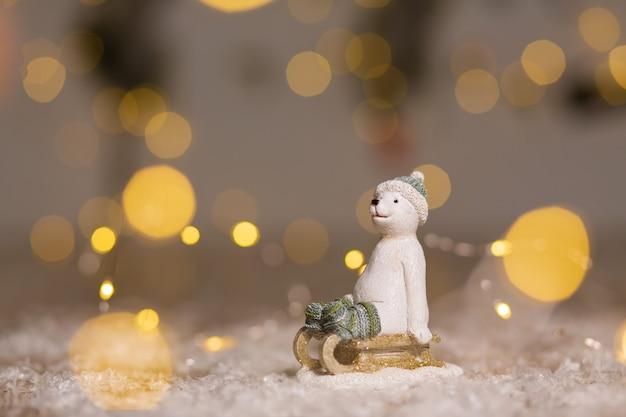 Figuras decorativas com tema de natal.