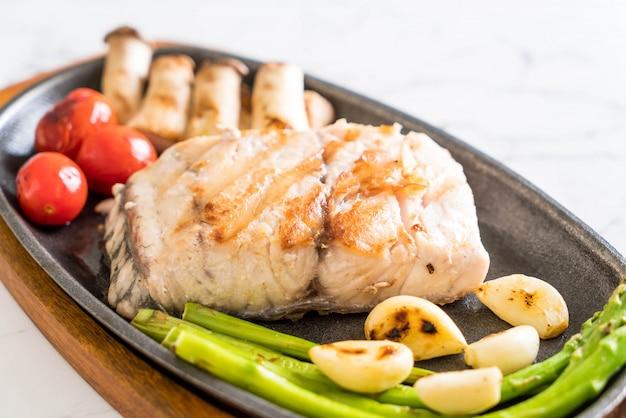 Filé de peixe grelhado