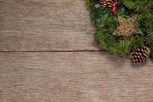 Filial de uma árvore de natal com uma estrela