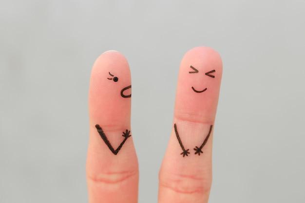 Fingers arte da família durante a briga