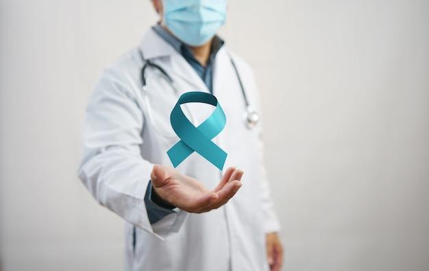 Fita azul do mês de conscientização do câncer de próstata de novembro. prevenção do câncer em homens