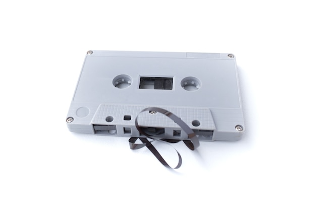Fita cassete vintage isolada em fundo branco