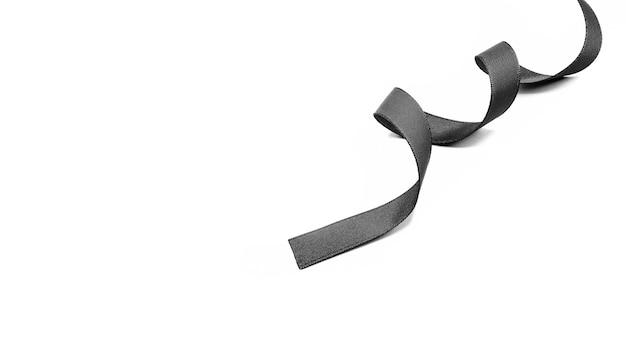 Fita de tecido preto isolada no fundo branco