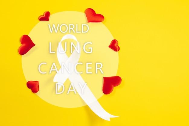 Fita do câncer de pulmão, fita branca, um símbolo da luta contra o câncer de pulmão