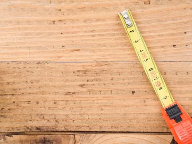 Fita métrica na mesa