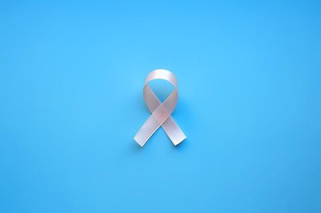 Fita rosa, dia mundial do câncer, dia nacional do sobrevivente do câncer