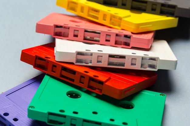 Fitas cassete retrô brilhantes
