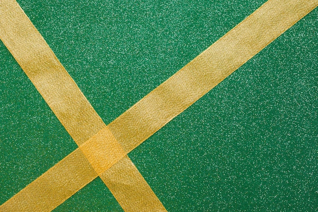 Fitas de travessia em fundo verde