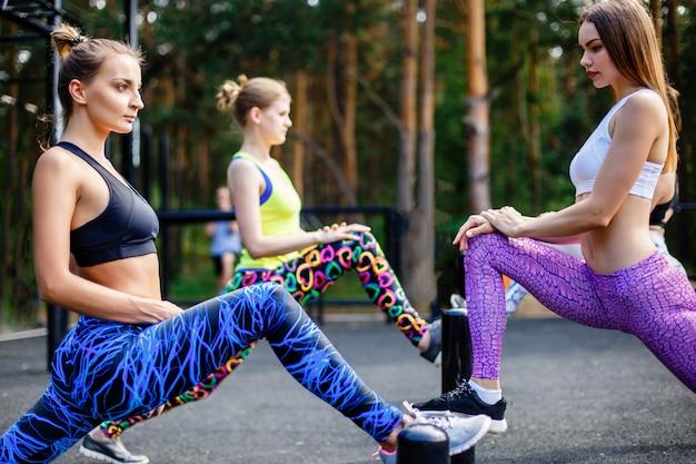 Fitness, esporte, amizade e estilo de vida saudável