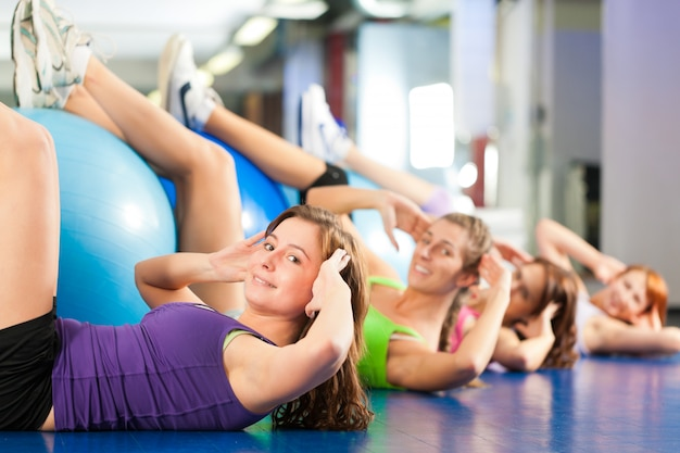 Fitness - treino e treino no ginásio