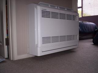 Fixado na parede condicionador de ar