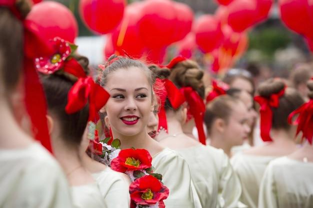 Flashmob papoilas da memória na praça da independência em kiev