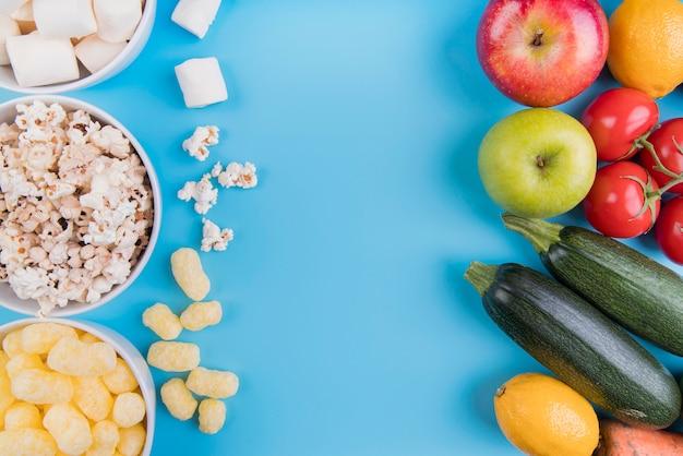 Flat lay alimentos saudáveis vs saudável