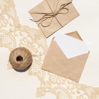 Flat lay composição criativa para casamento