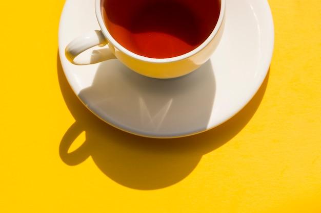 Flat lay xícara de chá ainda vida
