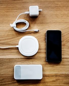 Flatlay de acessórios para smartphone
