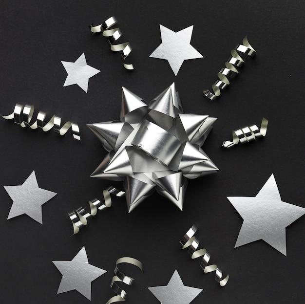 Flay colocar decorações de prata