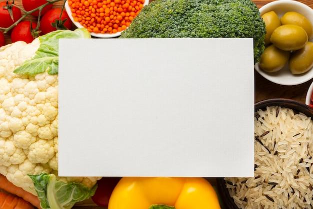 Flay leigos de legumes com mock-up