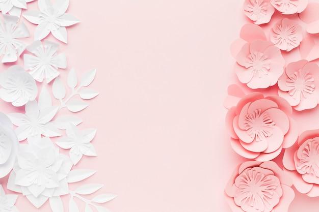 Flores de papel branco e rosa